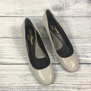 Robert Clergerie Patent Leather Gray Heels Size 9